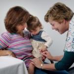 La vacuna contra el COVID-19 se evalúa en bebés