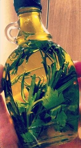 hierbas con aceite...