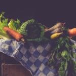 Dosis bajas de naltrexona y cambios alimenticios para el tratamiento de enfermedades autoinmunes